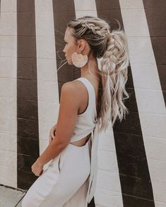 Pretty big braid hairstyle , braids , half up half down hair ,partial updo hairstyles theme 72 Braid Hairstyles That Look So Awesome Braided Ponytail Hairstyles, Bohemian Hairstyles, Pretty Hairstyles, Braid Ponytail, Going Out Hairstyles, Half Updo With Braid, Hairstyle Ideas, Hairstyles For Summer, Full Ponytail