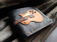 Hand Stitch Men Wallet Gibson les paul Wood by fullmoonn Guitar Collection, Leather Texture, Gibson Les Paul, Wallet Chain, Turquoise Color, College Graduation, Graduation Gifts, Wood Colors, Hand Stitching