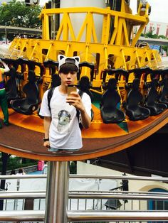"BTS Tweet - Jin (selca) 150707 -- 후후후 부럽지 -- [TRANS] ""Hoohoohoo (you're) jealous right"" -- cr: ARMYBASESUBS ‏@BTS_ABS"