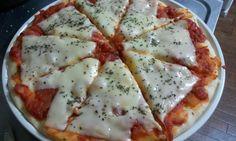 Receita de Massa de pizza rápida e fácil. Enviada por Daiane Romão e demora apenas 30 minutos.