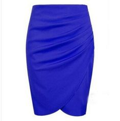 Modelos de faldas hasta la rodilla  #faldas #hasta #modelos #modelosdeFalda #rodilla High Waisted Pencil Skirt, Girls Boutique, Body Con Skirt, Sexy Skirt, Skirt Fashion, Women's Fashion, Unique Fashion, Sexy Dresses, Vestidos