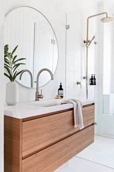 Bathroom interior design 839991767982009913 - Bespoke Vanity Unit we recently completed for a local Sydney interior Designer Visualising Interiors. Bathroom Interior, Bathroom Decor, Interior, Bathroom Renos, Bathroom Interior Design, Home Decor, House Interior, Bathroom Renovations, Bathroom Design