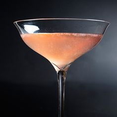 What could be more appropriate than a fizzy pink cocktail? New Year's Eve Cocktails, Pink Cocktails, Craft Cocktails, Cocktail Drinks, Cocktail Recipes, Gin Lemon, Rose Cocktail, Keep Calm And Drink, Tasting Table