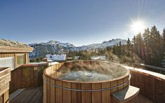 Luxury Ski Chalet, L'Apogee Penthouse, Courchevel 1850, France - http://www.firefly-collection.com/properties/lapogee-penthouse/luxury-ski-chalet/courchevel-1850/france