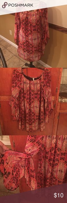 "⚡️SALE⚡️Bohemian flare tunic dress Dress could be worn as a tunic with leggings. Dress size XL. Sleeves are fly open. Colors are orange red yellow and black. Length is 30"" long. Has been worn in good condition Dresses Midi"