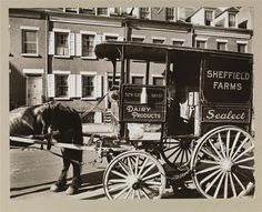 Sheffield Farms milkwagon in front of 8-10 Grove St., NYC. Photo by Berenice Abbott. (18 Jun 1936)