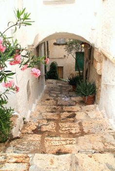 Legends, fairy tales and history of Castelmezzano | Italian Ways