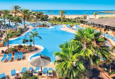 Going to Hotel Barcelo Fuerteventura Thalasso Spa! Hotels And Resorts, Best Hotels, Canary Islands Fuerteventura, Bucket List Holidays, Europe Destinations, Island Beach, Hotel Spa, Tenerife, Swimming Pools
