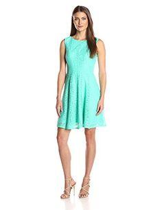4e8abe960e5 Sandra Darren Womens 1 Pc Sleeveless Solid Lace Burnout Fit and Flare Dress  Mint 10
