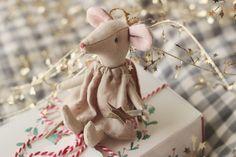 Adorable little mouse!
