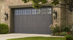 Martin Garage Door - Pinnacle Steel