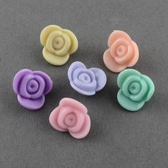 Flower Plastic Acrylic Beads from Pandahall.com: