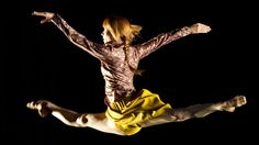 Dancer Sylvie Guillem is to be honoured for her extraordinary career at the Olivier Awards next month.