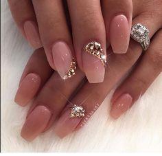 Yes, I love these classy nails Glam Nails, Bling Nails, Cute Nails, Pretty Nails, Sexy Nails, Classy Nails, Fancy Nails, Natural Nail Designs, Short Nail Designs