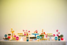 Neon wedding decor | Photos by EP Love | 100 Layer Cake