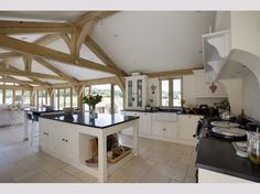 Cld this be the kitchen, breakfast and day living space? Open Plan Kitchen Dining Living, Barn Kitchen, New Kitchen, Dining Room, Kitchen Island, Barn Conversion Kitchen, Barn Conversion Interiors, Barn Conversions, Bungalow Conversion