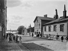Punavuorenkatu. Foto: Signe Brander, 1907. Finnish Language, Information Center, History Of Photography, World's Fair, Natural Resources, Historical Pictures, Before Us, Signs, Helsinki