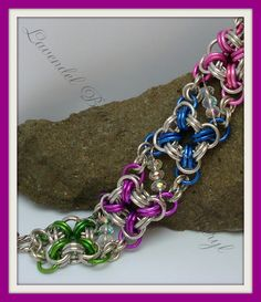 Love the colors in this chainmaille bracelet!