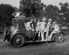 Mack Sennett Girls, photographed between 1918 and 1920 on 4x5 glass plate negative by the National Photo Company.