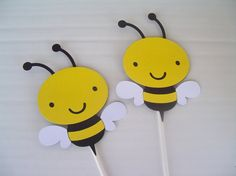 Bumble Bee ToppersSet of 6 Medium Party by JudeBugsBabySweets, $10.50