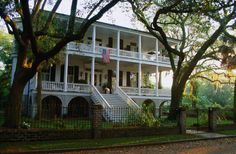 Beaufort, South Carolina. 21 of the Best Small Towns in America Photos | Architectural Digest
