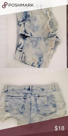 Jean bleached shorts Bleached shorts. Worn once. Bought with small rips. 7/8 Rue 21 Shorts Jean Shorts