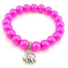 Bransoletka wykonana ręcznie zkoralików różowych pereł- szklanychkulek z zawieszką charms słoniem.