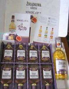 """dziękuję za paczkę Ambasadora Gorzkiej Żołądkowej """"Figa""""... ps. Wesołych Świąt życzę... #zoladkowagorzka #nowazoladkowazfiga #zoladkowazfiga"""