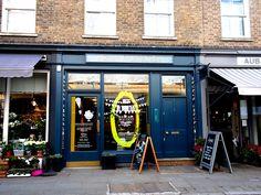 {   Rococo es una tienda de chocolates orgánicos ideal que hay en Moxon St, una calle pequeña y preciosa junto a Marylebone Hg St. Cuento más en el post que escribí Marylebone y sus maravillosas tiendas delicatessen   }   #Rococo #chocolate #Londres