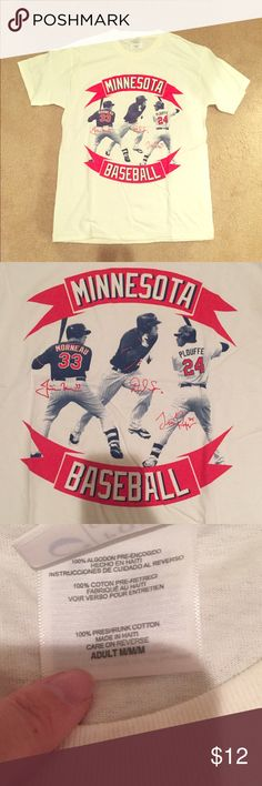 Never worn Minnesota Twins Tshirt Never worn Minnesota Twins Baseball Tshirt Tops Tees - Short Sleeve