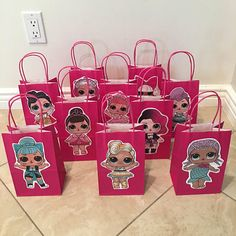 Planning a LOL SURPRISE themed party and want cute favor bags? These adorable favor bags are perfect for your party! Fill them with toys, favors, and candy for guests to take home! Your guests will absolutely love these!! Package includes: -10 LOL SURPRISE DOLL Favor Bags -Color: