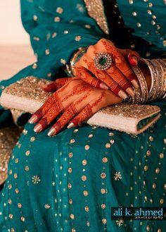 must try henna Henna Tatoos, Henna Mehndi, Bridal Mehndi, Henna Art, Indian Henna, Tattoos, Mehndi Designs For Girls, Wedding Mehndi Designs, Best Mehndi Designs