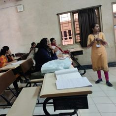 Shruti Sheth was invited as an external Evaluator for CP projects of last year MBA students of S.luthra Institute Of Management. Digital Marketing Services, Social Media Marketing, Certificate Courses, Workshop, Students, Management, Projects, Log Projects, Atelier