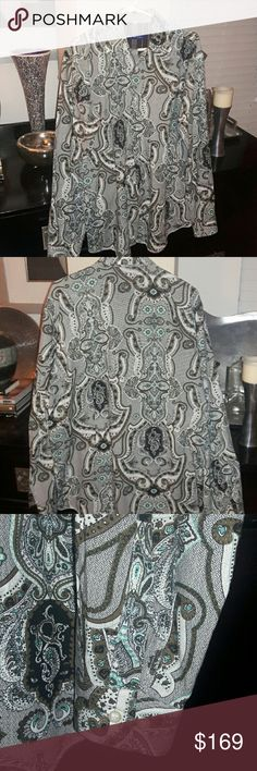 GEORG ROTH Designer Button-Down Shirt This awesome Georg Roth designer button-down is extraordinary. A real statement piece. Who knew paisley could be this hip. Like new condition. Claim it now! Georg Roth Shirts Casual Button Down Shirts