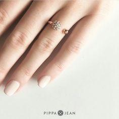 Denzent schön mit Ring von Pippa&Jean Jewelry, Fashion, Ring, Nice Asses, Moda, Jewlery, Jewerly, Fashion Styles, Schmuck
