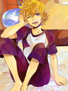 Really great art style. Roxas in his PJs. :)