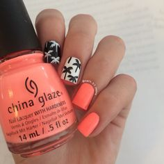 Black and white palm trees and neon nails