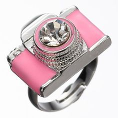 I'm not a pink girl but I absolutely love this ring!