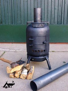Good Screen home made Wood Stove Thoughts Though timber is easily the most eco-friendly warming strategy, the idea by no means definitely seems to be re. Outdoor Stove, Outdoor Fire, Metal Projects, Welding Projects, Jet Stove, Gas Bottle Wood Burner, Diy Wood Stove, Stove Fireplace, Log Burner