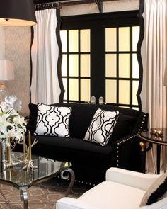 Black and white living room decor. Home Design, Interior Design, Modern Interior, Interior Decorating, Decorating Ideas, Home Decoracion, White Fireplace, Deco Design, Home And Deco