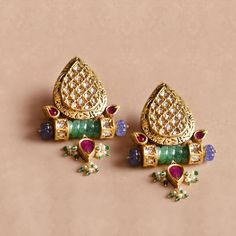 10 Bridal Jewellery Stores That We Love For Their Stunning Collections Antique Jewellery Designs, Gold Jewellery Design, Amrapali Jewellery, Wedding Jewellery Inspiration, Rajputi Jewellery, Pearl Necklace Designs, Bridal Party Jewelry, Diamond Wedding Sets, Boho