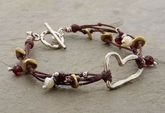 Elizabethplumjewelry - this is the kind of bracelets I believe I need to concentrate on making - http://www.diyprojectidea.net/elizabethplumjewelry-this-is-the-kind-of-bracelets-i-believe-i-need-to-concentrate-on-making