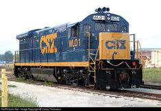 Locomotive Engine, Steam Locomotive, Paper Train, Csx Transportation, Railroad Pictures, High Iron, Pennsylvania Railroad, Train Pictures, General Electric
