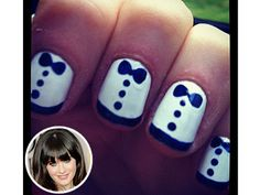 Zooey Deschanel's Nails Are All Dressed Up for the Globes