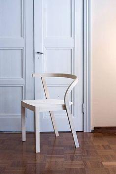Antti-Tuomi-Toinen-tuoli_tila