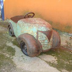 1937 Garton Ford pedal car, found in Monterrey, Mexico - Toys