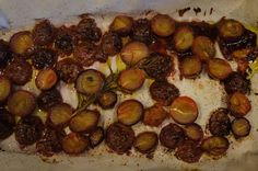 Roasted Muscadine Grapes are sweet and still, somehow, a little bit savory. They are dead simple to make #GottoBeNC