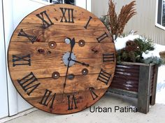 cable spool tables Urban Patina: Upcycled electrical wire spool into large focal point wall clock Wooden Cable Spools, Wire Spool, Diy Cable Spool Table, Unique Furniture, Diy Furniture, Furniture Stores, Wood Spool Furniture, Inexpensive Furniture, Furniture Websites