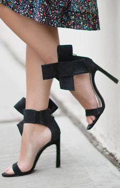 Black Bowed Sandals | Sarah Styles Seattle