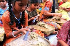 """Diritti negati, sulla forza delle donne indiane: """"Come lacrime nella pioggia"""" Sofia Domino -"""